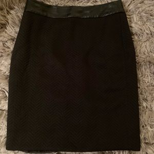 Banana Republic Black Pencil Skirt Size 8